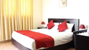 1 sovrum, minibar och värdeförvaringsskåp på rummet