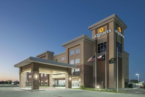 La Quinta Inn & Suites by Wyndham Kingsville