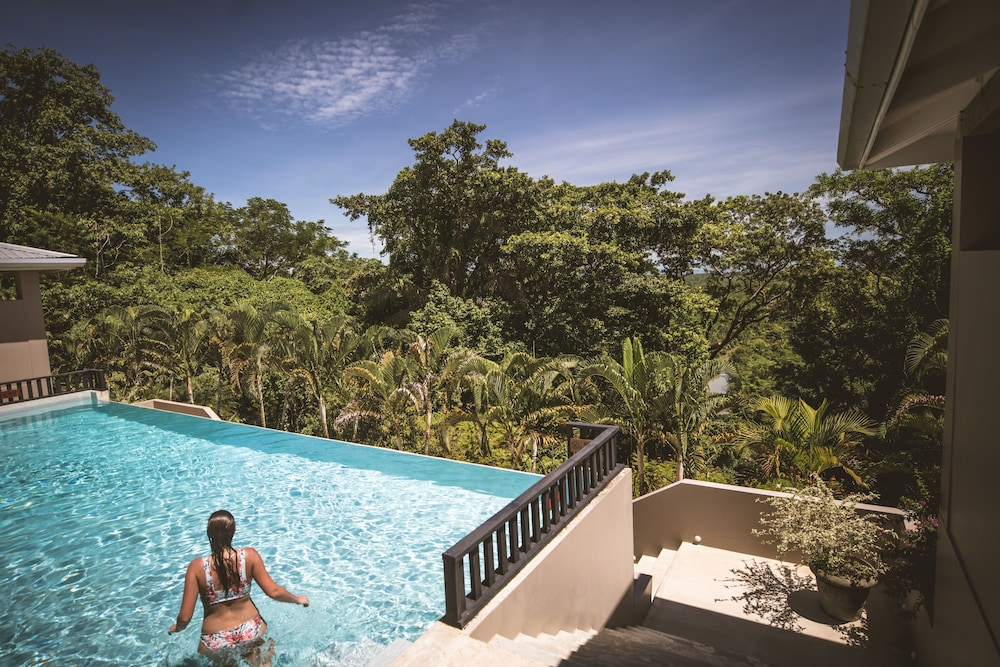 Outdoor Pool, Copal Tree Lodge, a Muy'Ono Resort