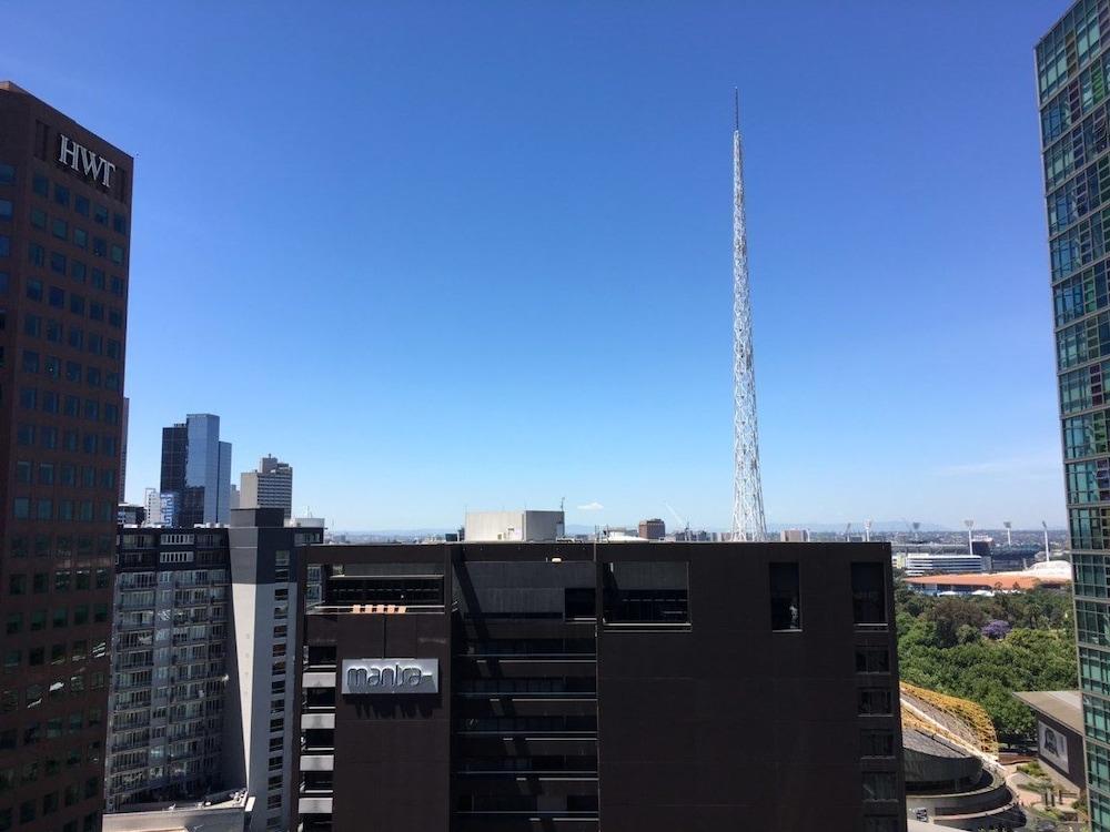 Serviced Apartments Melbourne Opus Deals Reviews Melbourne Aus