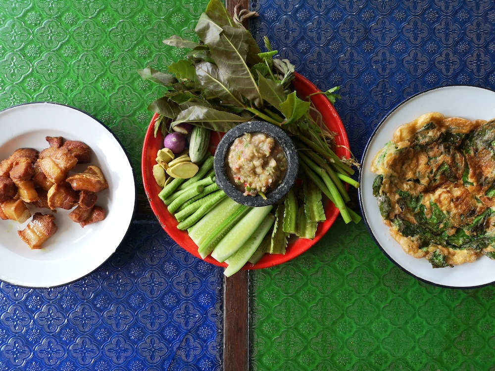 Dining, Siri Guesthouse at Suratthani