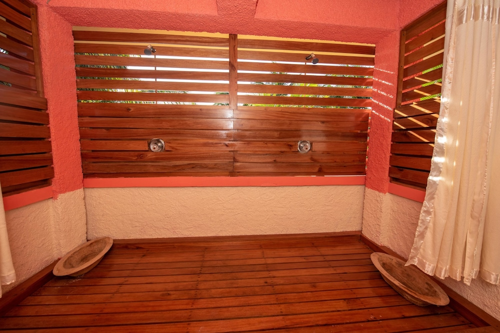 Massage in Accommodation, Bella Vista Guesthouse & Cabins