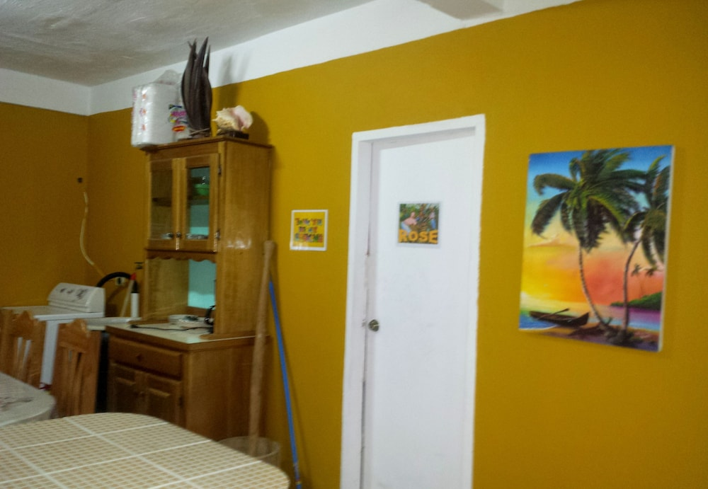 Room Amenity, Belize Cultural Adventure Guesthouse