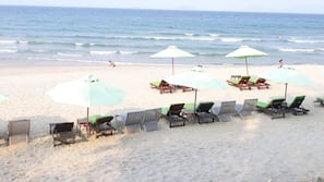 Beach nearby, white sand, free beach shuttle, sun-loungers