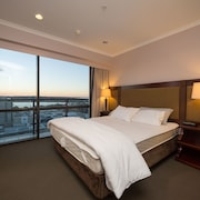 Takapuna High Rise Apartment