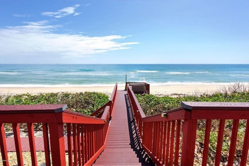 Golden Sands® Ruby - Large Stunning Beachfront on Atlantic Ocean - Best Reviews