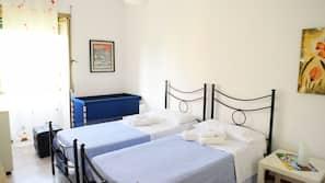 2 soverom, strykejern/-brett, wi-fi og sengetøy