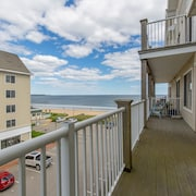 1 Bedroom Ocean View Condo