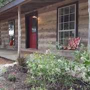 Dripping Springs Log Cabin Retreat