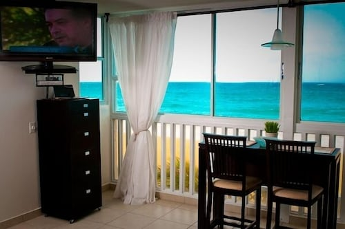 Room, Oceanfront Vacation Getaway For Two