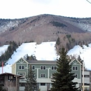 Hunter Mountain New York, Luxurious Ski Condo on top of the Base Lodge