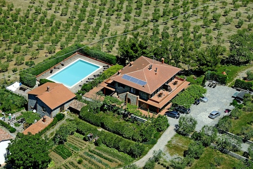 Casa Rondini, Lovely Apartment on the Ground of Organic Farm