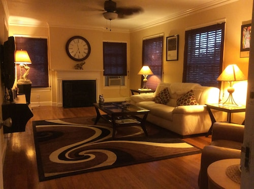 Check Expedia for Availability of Huge 7rm Apt, a King&queen Brms, Wifi, Hbo, W&d. Near Medcntr, DT, NRG & Soccer