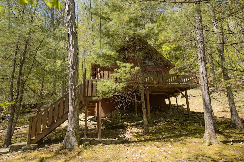 Woodland Cozy Catskills Cabin: 2019 Room Prices , Deals & Reviews