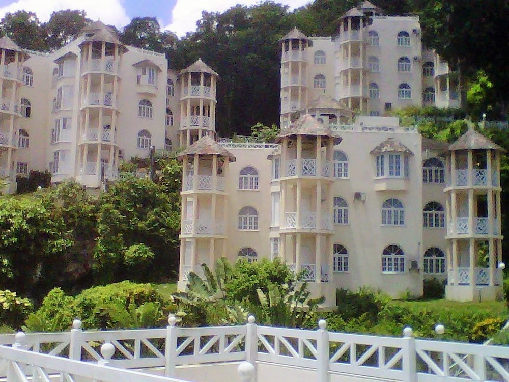 Beautiful Studio Apartment At Columbus Heights In Ocho Rios