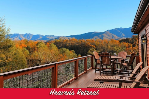 $81 Gatlinburg Hotels with a Jacuzzi or Hot Tub in Room