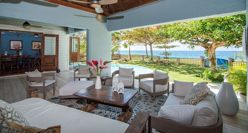Luxury Ocean Front Villa w/ Private Pool & Beach Cove Discounts 3&4 Room Rates