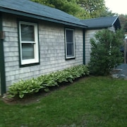 EXTRA CLEAN!  Charming cottage located in the heart of Acadia National Park.