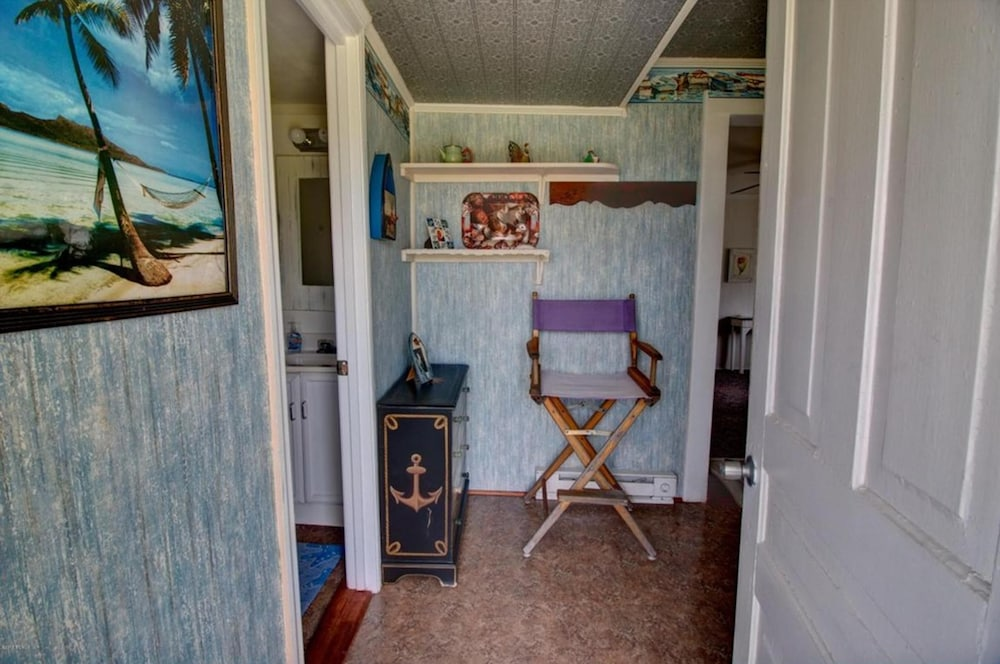 , Inexpensive Little Bungalow On Harkers Island