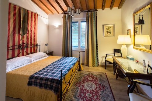 Luxury Central Apartment.terrace With Views of all Florence. Lift. Free Wifi. AC