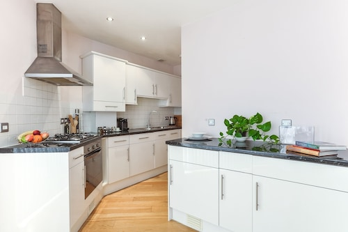 Fabulous Apartment Central London