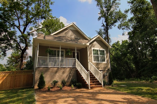 New, Modern, Safe, Quiet Neighborhood, Minutes From Nashville's Top Attractions!