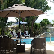 Beautiful and Spacious House With Private Pool Near Beaches 3 Br - 2400 ft²