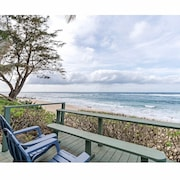 Beachfront Listing, Waimea, North Shore, Oahu, Sleeps 6+1, 3 Bdrm. 2 Bath