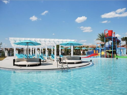 Best Price Match Water Park, Lazy River, Arcade, Bar, Gym, Wifi Side by Side