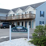 Seal Harbor Resort - 40 Yards to Beach!