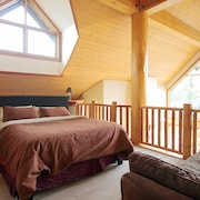 Kicking Horse Mountain Resort, Luxurious Ski In/out, Amazing Views/hot tub