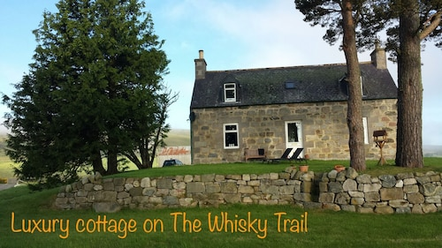 Magical Highland Cottage, Speyside, Scotland. On The Malt Whisky Trail!