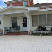 Lido Beach Vacation Rental 2BR Across From Lido Beach