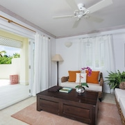 Quiet 2 Bedroom 2 And A Half Bath Villa