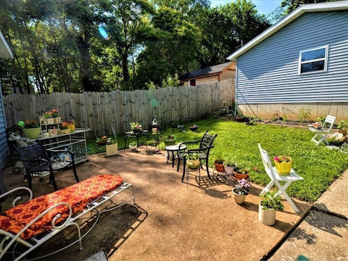 Great Place to stay Quaint Bedroom in Cute Home Near Wash U! - One Bedroom House, Sleeps 2 near University City