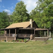 Fox Den Cabin--secluded Mountain Getaway Near Shenandoah National Park