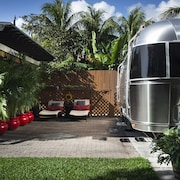 Glamour Camping in the Heart of Miami. Latest Trend