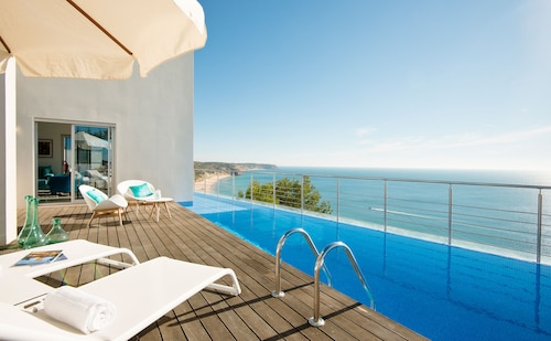 Villa Mar Azul - 6 Bedroom Seaview With Private Infinity Pool
