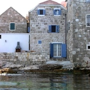 Illyria - a Beautiful Fisherman's Cottage Just 3 Meters From sea
