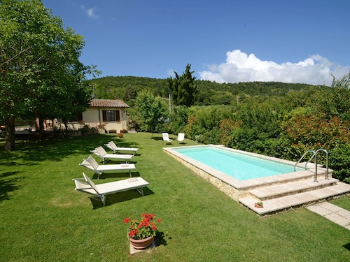 Sferracavalli 4 Sleeps, Villa With Private Pool at Exclusive Use!