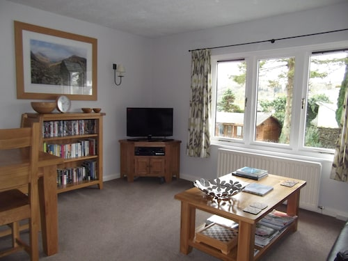 Modern Well Equipped Apartment Close To The Centre Of Ambleside