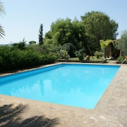 Elegant and Quiet Villa in the Countryside, With Swimming Pool Exclusive