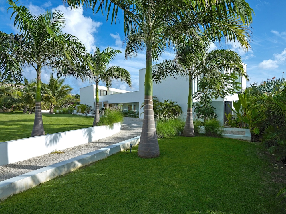 Property Grounds, Stunning Barbados Villa With Infinity Pool And Sea Views