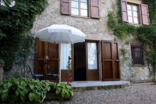 Casciano Cottage in Tuscany, With Garden and Pool