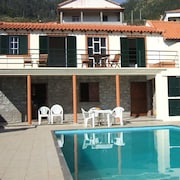 Traditional Madeira Cottage, sea and Mountain Views Plus Pool, Arco da Calheta