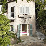 Medieval Villa In Haut De Cagnes, With Sea Views, Very Close To Nice