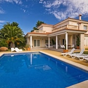 Exclusive Villa With Private Pool, Terraces and sea Views in Mallorca