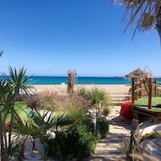 ''on THE Beach'' Villa With Private Heated Pool/gardens/tiki Bar/games & Cinema