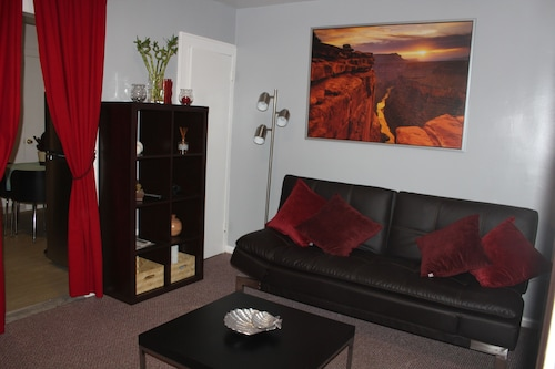 Apartment for 4 or 6 People 20 Minutes From Time Square, Central Park etc