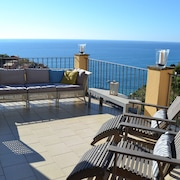 Amaremanarola - La Terrazza: Apartment, Stunning Views and Private Garden